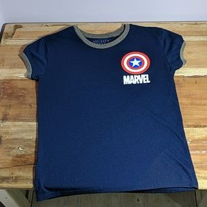 Marvel Other - Bundle of Marvel Juniors size small tops & shorts